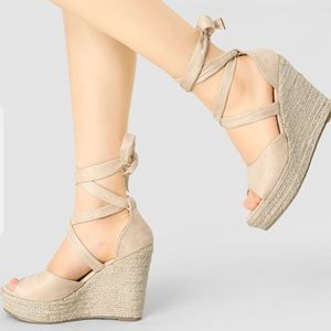 Nude Lace up Wedges